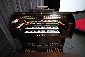 orgel-babylongroß.jpg