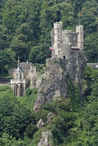 Burg1.jpg