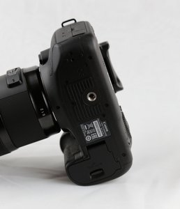 EOS-7d-Mark-II-_04_516x600.jpg