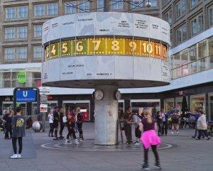 2019_05_19_SD10_Bln_Alexanderplatz_WZU_LiveFaster_01822_VarG___1198x959pix.jpg