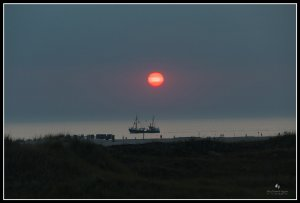 Sonnenuntergang in SPO mit Schiff-klein.jpg