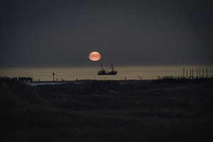 sundown with trawler-klein.jpg