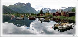 Fjordpanorama Nauste klein.jpg