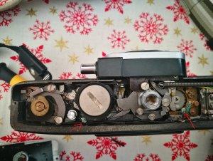 Minolta SRT 303b Oxidation.jpg