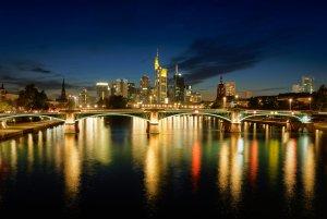 Frankfurt 4 Forum.jpg