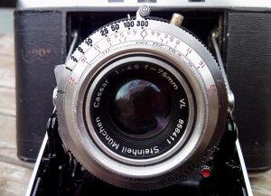 Prontor-S mit Cassar 75mm 4-5.jpg