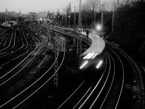 2011_11_25_X530_Bln_Ringbahn_KniprodeStr_PIMG0002_SW_1200x896pix.jpg