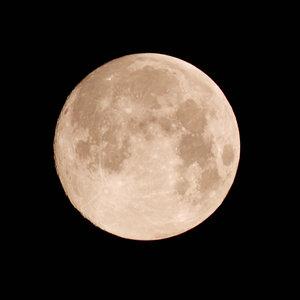 Mond_zun99__2013_07_22_SD15_Tair300mm_0016_origFarbe_600x600pix.jpg