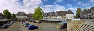 Siedlung-Margarethenhöhe-Markt-Pano2.jpg