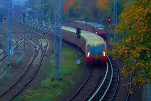 2014_10_16_SD9_Bln_Bhf_Greifswalder_Str_0013_VarD_DT05_1350x900pix.jpg