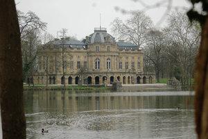 Schloss-Monrepos-3.jpg