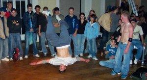 kittler_breakdance2.jpg