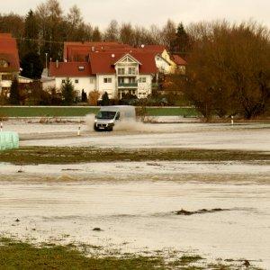 Schmelzwasser-der Schnee von gestern