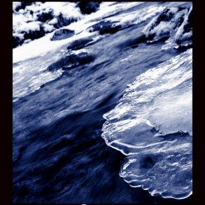 Eiskaltes Wasser