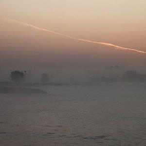 Morgens auf dem Rhein ...........