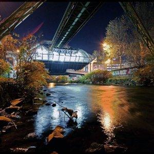 Wuppertal bei Nacht ....
